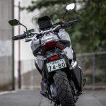 ホンダX-ADV試乗|これはバイクか、それともスクーターか。なんとも斬新、不思議な乗り物だ。 - 2021-06-20-XADV迴セ蜒・_MD_6243_うしろ