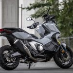ホンダX-ADV試乗|これはバイクか、それともスクーターか。なんとも斬新、不思議な乗り物だ。 - 2021-06-20-XADV迴セ蜒・_MD_6272_4