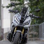 ホンダX-ADV試乗|これはバイクか、それともスクーターか。なんとも斬新、不思議な乗り物だ。 - 2021-06-20-XADV迴セ蜒・_MD_6327_前