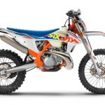 KTM、MY2022エンデューロモデル12機種を発表 - 386914_250-EXC-TPI-Six-Days_90de_ri_MY22