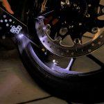 出先でタイヤの空気を入れたい!ならばコレです。デジタル液晶&充電式でガジェット気分のキジマ・スマートエアポンプ - 04-3