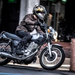 ヤマハSR400は20世紀の傑作車。令和時代にクラシックバイクを味わえる、希少な存在だ! - 迴セ蜒・_MD_8712a