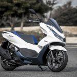 「もはや125ccスクーターではない」モーター駆動をプラスしたハイブリッドスクーター、新型PCX e:HEV。|ホンダ - big_4136625_202101291124230000001-1