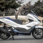 「もはや125ccスクーターではない」モーター駆動をプラスしたハイブリッドスクーター、新型PCX e:HEV。|ホンダ - big_4136626_202101291124230000001