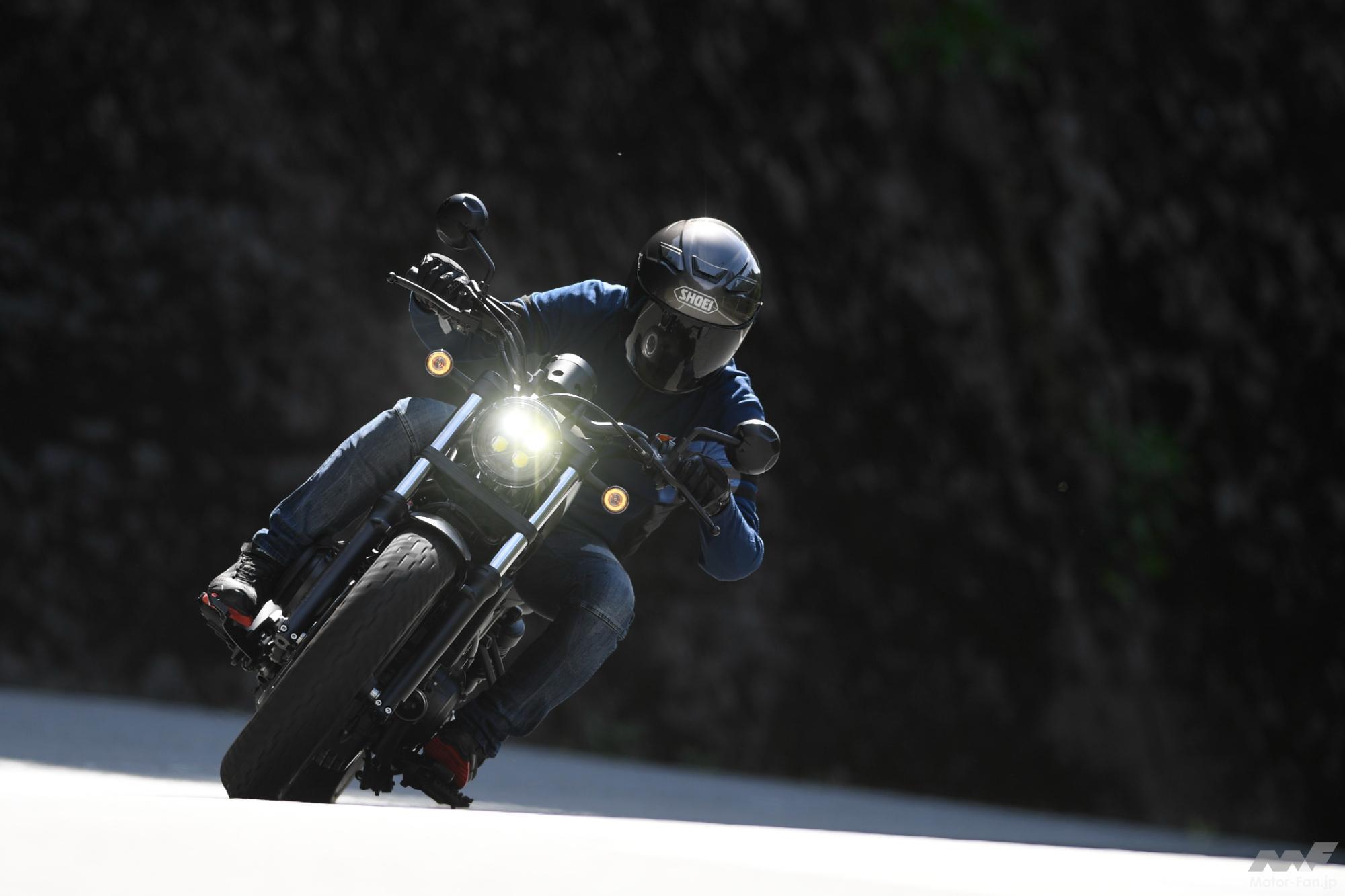 「ホンダ・レブル500、ロングランで感じた予想以上のツラさ。|1000kmガチ試乗2/3」の1枚目の画像