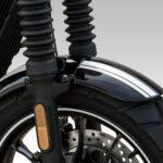 125ccのVツインモデル! ヒョースンGV125 BOBBERがカラバリ追加! - GV125SI.WT-FrontFender