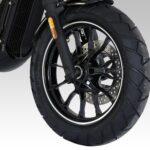 125ccのVツインモデル! ヒョースンGV125 BOBBERがカラバリ追加! - GV125SI.WT-FrontWheel