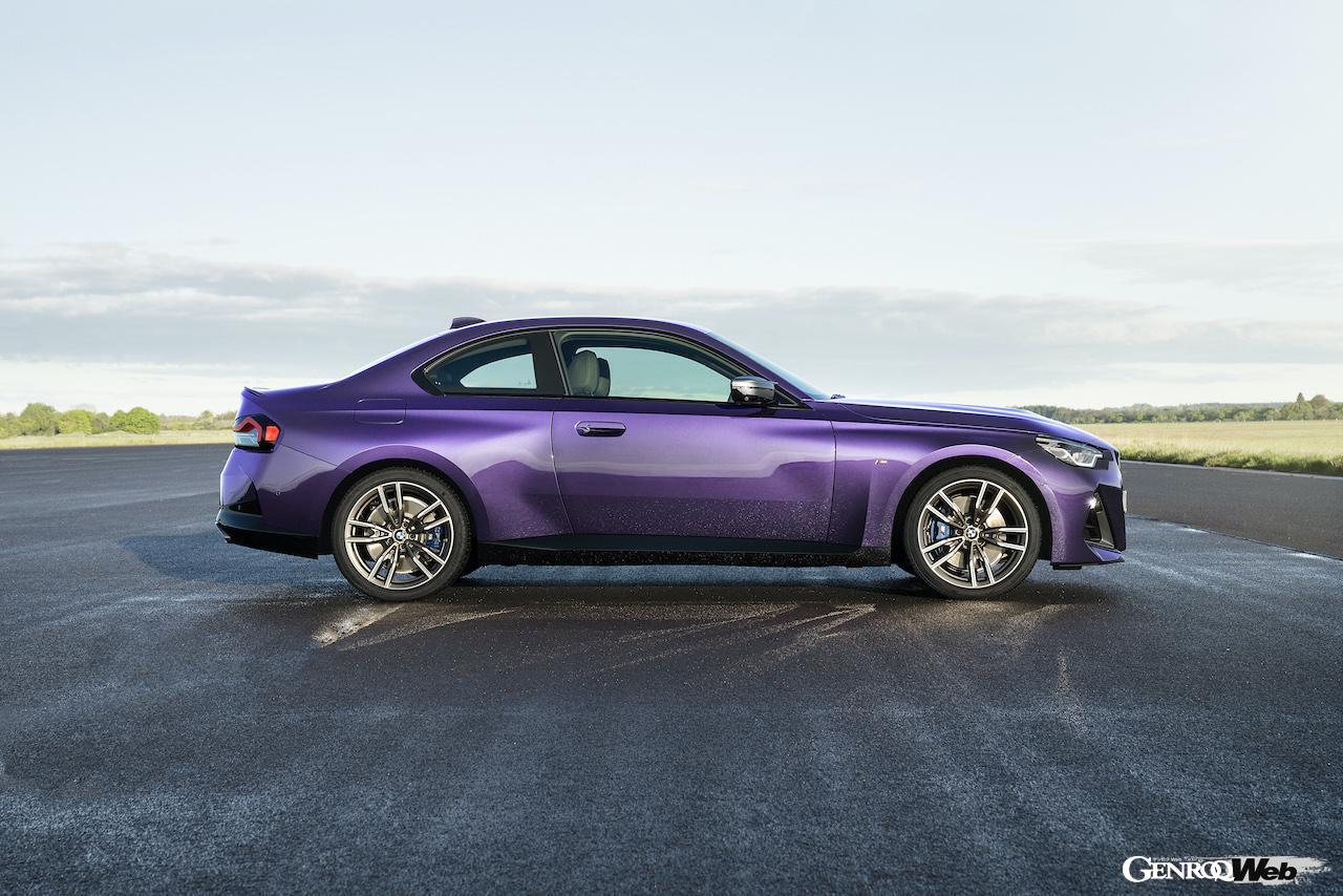 「現代に蘇った2002、新型「BMW 2シリーズ クーペ 」がグッドウッドでワールドプレミア 【動画】」の2枚目の画像