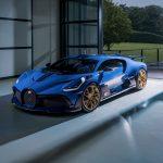 """約7億円のブガッティ ディーヴォ「最後の1台」がデリバリー。40台目がまとう""""青""""の意味とは - GQW_Bugatti_Divo_072310"""