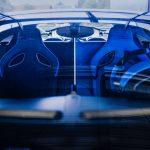 """約7億円のブガッティ ディーヴォ「最後の1台」がデリバリー。40台目がまとう""""青""""の意味とは - GQW_Bugatti_Divo_072312"""