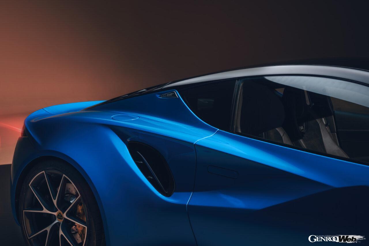 「ロータス エミーラが全貌を公開! 最後の内燃機関にはトヨタ製V6とAMG製直4ターボの2種類を用意」の16枚目の画像