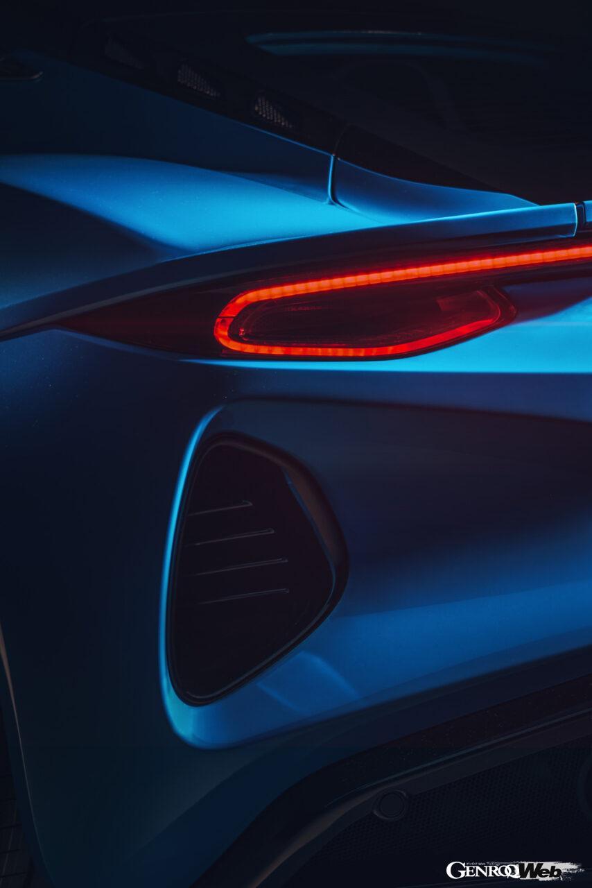 「ロータス エミーラが全貌を公開! 最後の内燃機関にはトヨタ製V6とAMG製直4ターボの2種類を用意」の14枚目の画像