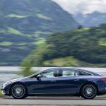メルセデスのフラッグシップEV、EQS初試乗! 渡辺慎太郎がスイスの試乗会で実感した「らしさ」とは - GQW_Mercedes-Benz_EQS_580_4MATIC_072828