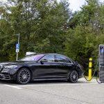 メルセデス・ベンツの新型SクラスにPHVが登場! S 580 eはビジネスユースに最適な選択肢か - GQW_Mercedes-Benz_S-Class_PHV_07231