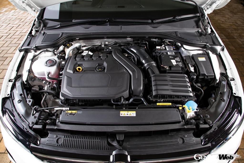 フォルクスワーゲン ゴルフ eTSI Rラインのエンジン