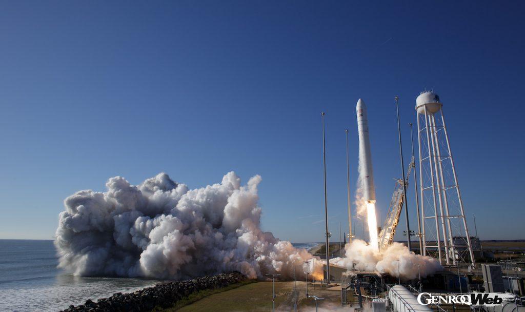 世界で初めて宇宙空間での炭素繊維素材の研究を開始