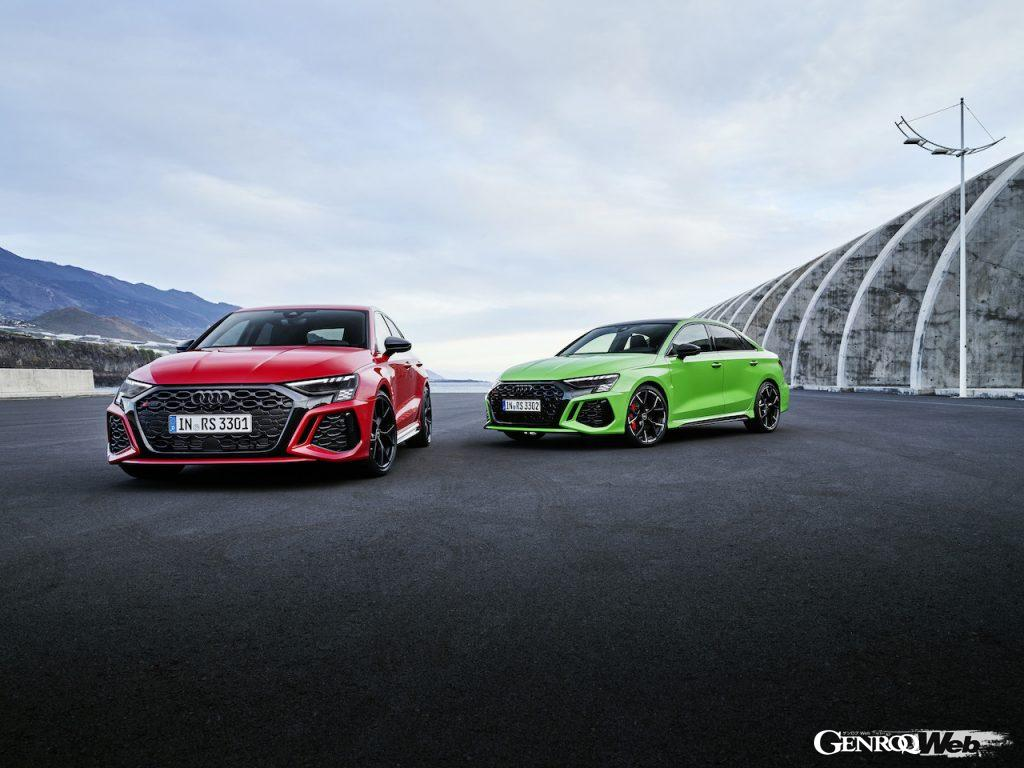 アウディの新型RS3 スポーツバックおよびセダン