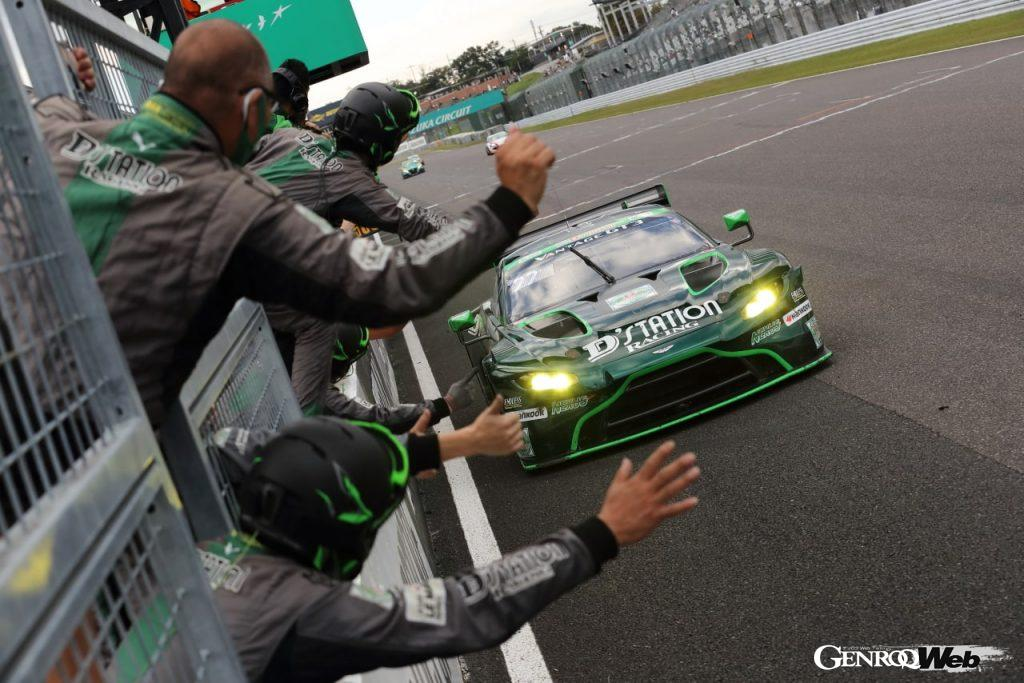 D'station Racing、アストンマーティン ヴァンテージGT3でスーパー耐久シリーズを初制覇