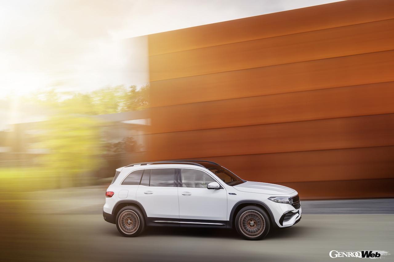 「メルセデス・ベンツ GLBのEV仕様に注目! 電気で400km以上走れる超実用派の小型SUV 【IAAモビリティ レポート】」の25枚目の画像