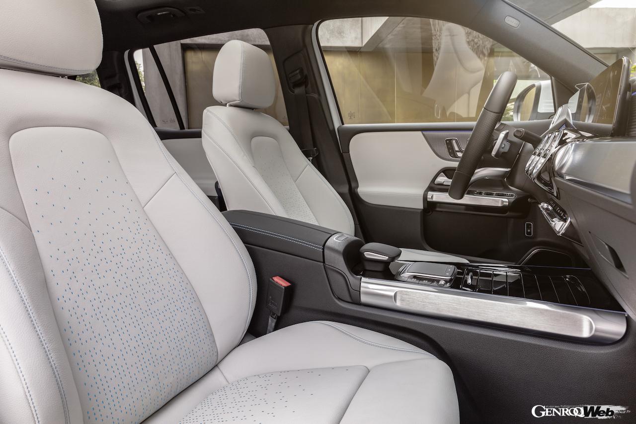 「メルセデス・ベンツ GLBのEV仕様に注目! 電気で400km以上走れる超実用派の小型SUV 【IAAモビリティ レポート】」の34枚目の画像