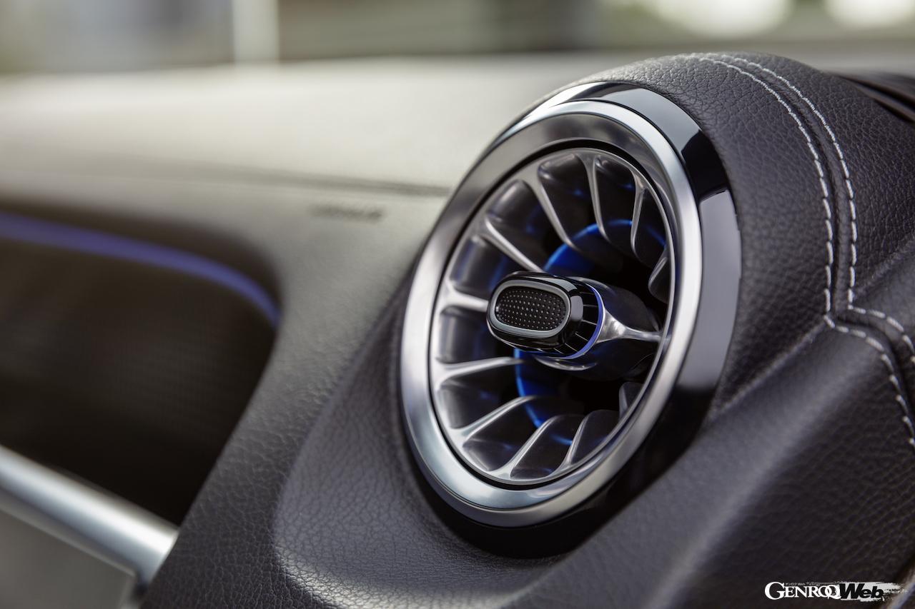 「メルセデス・ベンツ GLBのEV仕様に注目! 電気で400km以上走れる超実用派の小型SUV 【IAAモビリティ レポート】」の35枚目の画像