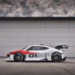 ポルシェ、最新コンセプトカー「ミッションR」をワールドプレミア! - GQW_Porsche_Mission_R_09075