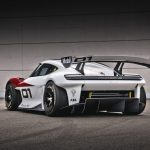 ポルシェ、最新コンセプトカー「ミッションR」をワールドプレミア! - GQW_Porsche_Mission_R_09076