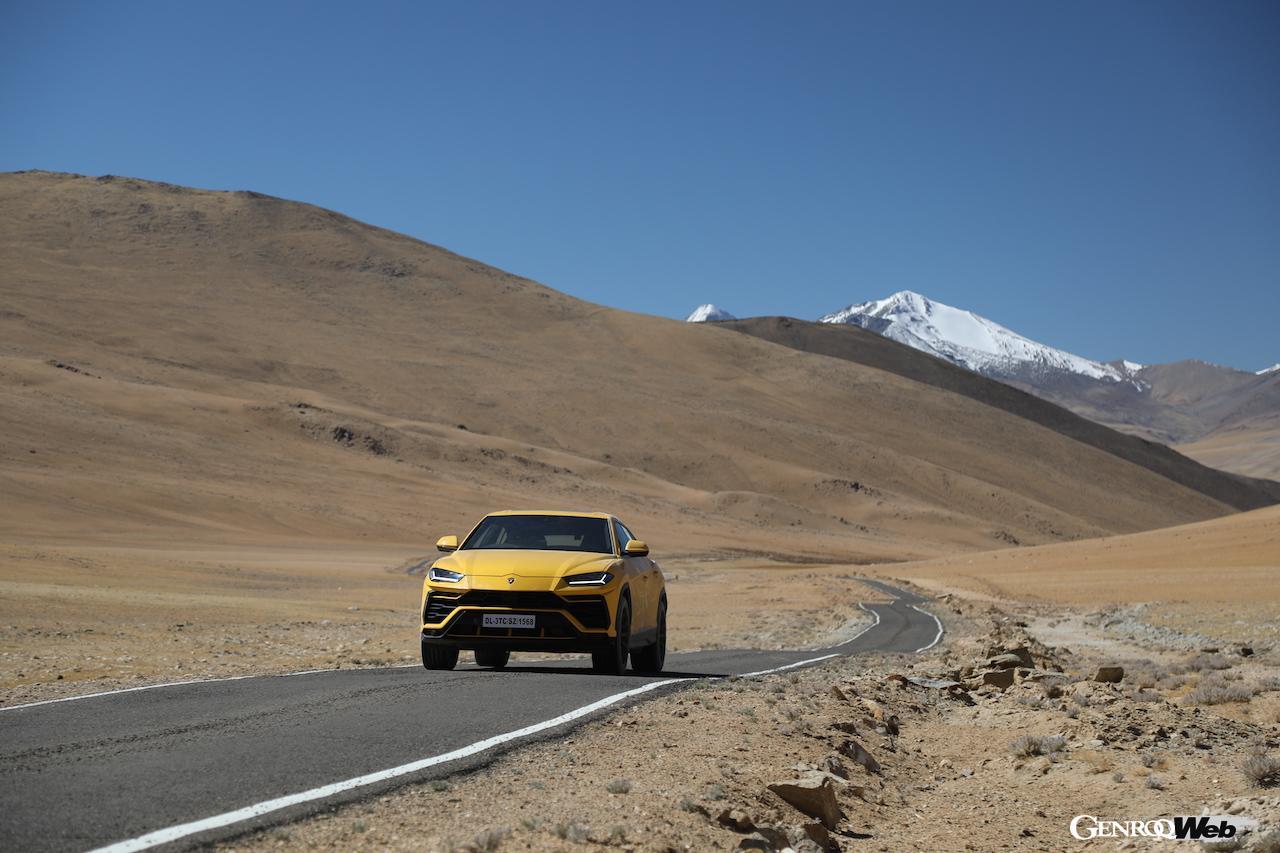 「ランボルギーニ ウルス、エベレストのベースキャンプより標高の高い道路を走破」の6枚目の画像