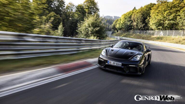 新型「ポルシェ 718 ケイマン GT4 RS」、ニュルの北コースで最終テストを敢行!