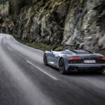 アウディ R8のRWDモデルがパワーアップ! 自然吸気V10を味わい尽くせるスーパースポーツ - GQW_Audi_R8_performance_RWD_10074