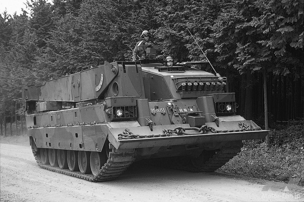 90式戦車回収車