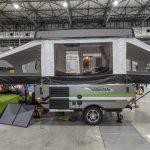 【このキャンピングカーが欲しい!】牽引時はコンパクト、宿泊時はテントのような空間が広がるキャンピングトレーラー フォレストリバー ロックウッド フリーダム - FOREST RIVER_3