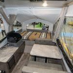 【このキャンピングカーが欲しい!】牽引時はコンパクト、宿泊時はテントのような空間が広がるキャンピングトレーラー フォレストリバー ロックウッド フリーダム - FOREST RIVER_8