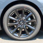MAZDA3 SKYACTIV-X搭載モデルを新車購入 ルーフにシャークフィンがないのが美しい!が、がっかりポイントも… - IMG_4941