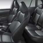 トヨタから本命SUV登場!カローラクロス 199万9000円から 燃費もサイズもデザインも高レベル! - 14 C_Cross_P38_HV_Z_Seat_
