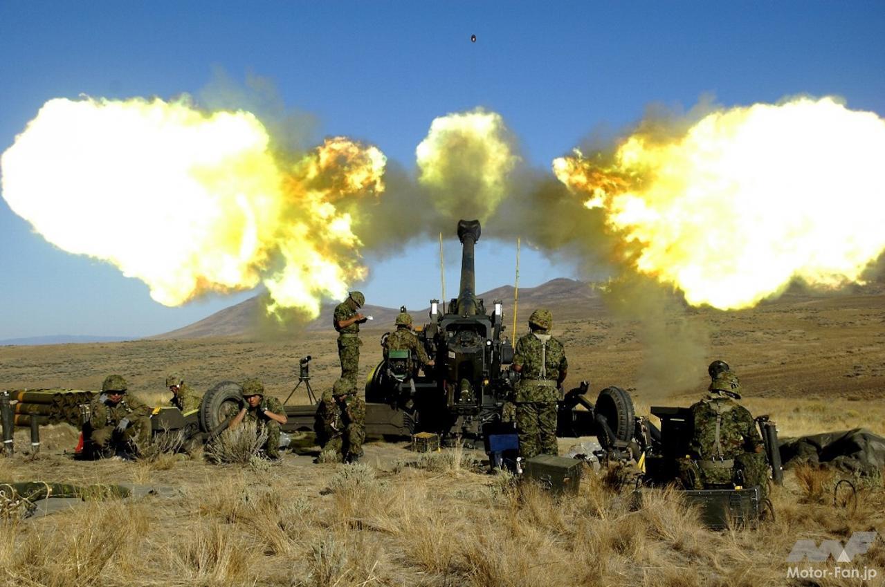 「スバル製水平対向エンジンで自走できる長距離砲「155㎜榴弾砲 FH-70」:陸上自衛隊」の3枚目の画像