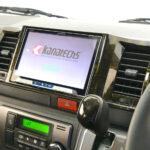 ハイエースに8型大画面ナビを美しくインストール カナテクス TBX-Y025 【CAR MONO図鑑】 - 1