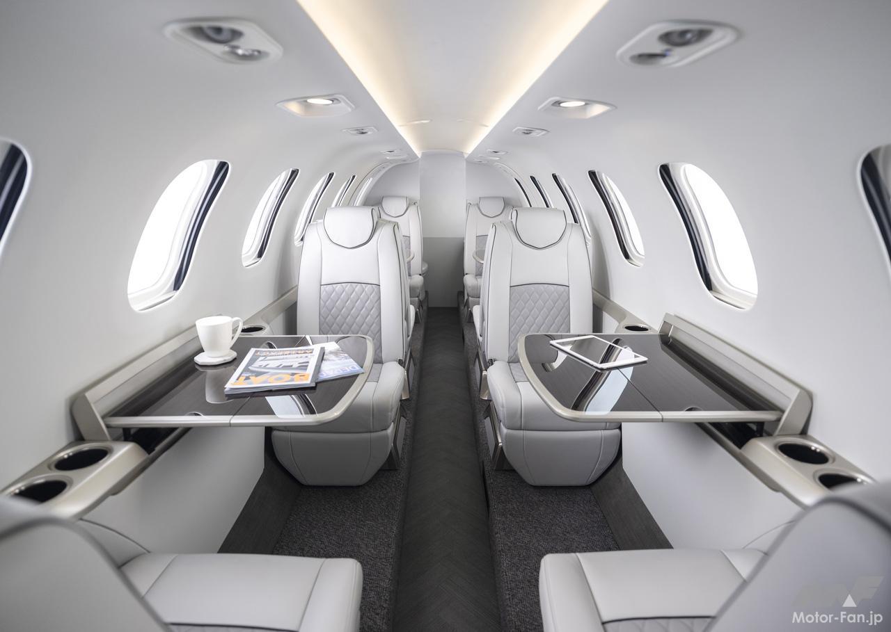 「ホンダが小型ビジネスジェット機のコンセプト「HondaJet2600 Concept」を航空機ショー「NBAA 2021」で参考展示」の2枚目の画像
