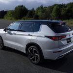 12月中旬発売の新型「三菱アウトランダー」PHEVモデルのデザインが公開! 10月28日にオンライン発表会をスペシャルサイトで実施 - 1014_Mitsubishi-Outlander_02