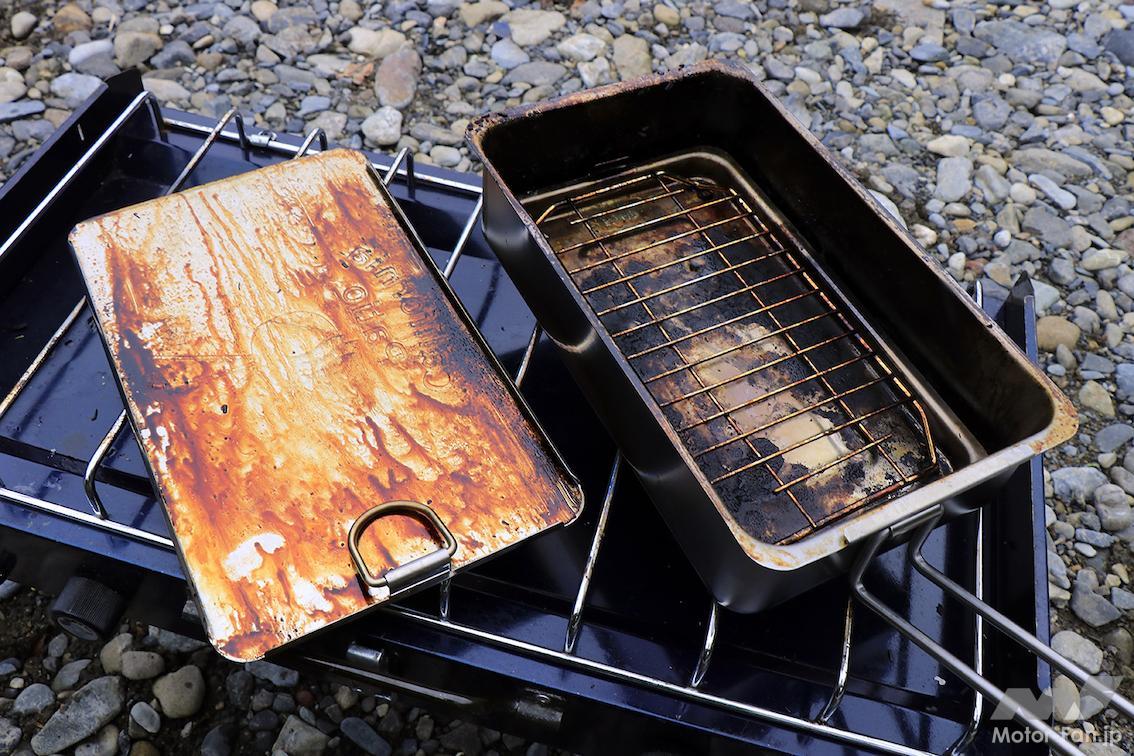 「日清焼きそばを燻製する! ステンレス製のスモーカーで燻製にチャレンジ!」の11枚目の画像