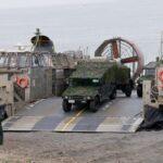 陸上自衛隊:多目的に使える人員輸送用車両「高機動車(コウキ)」のすごい実力 民生用はあのトヨタ・メガクルーザー - big_4567321_202009251954240000001