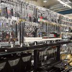 工具好きのパラダイス空間! 商品展示をパワーアップしたファクトリーギアが移転オープン! - 202106_015_005