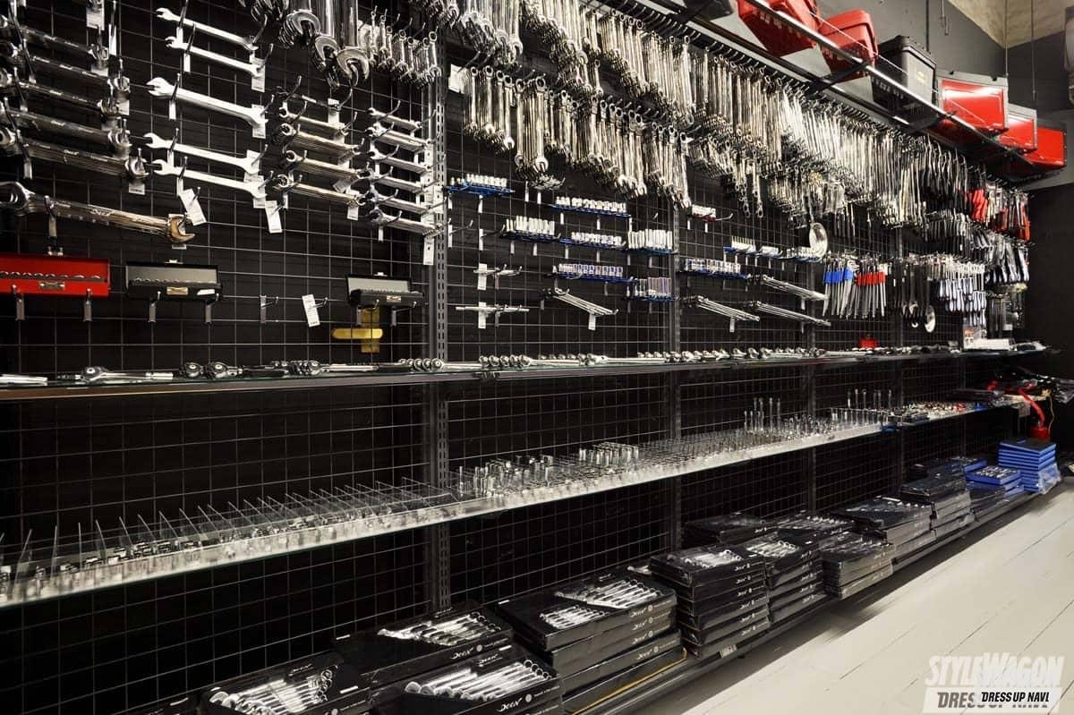 「工具好きのパラダイス空間! 商品展示をパワーアップしたファクトリーギアが移転オープン!」の4枚めの画像