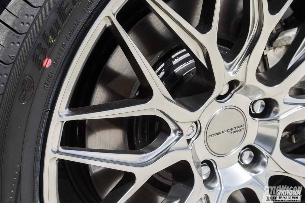 「洗練されたデザインと高品質! 高級車にマッチする鍛造トラフィックスターフォージド第一弾! ホイール カスタム」の1枚めの画像