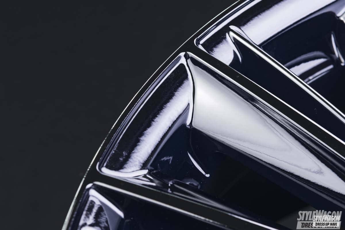 「 透き通る可変のダークブルーのクラフトコレクション|ホイール カスタム」の1枚めの画像