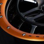 200本限定の特別カラー! オフロード系に本格レーシーなオレンジビードロックが絶妙にマッチする!|ホイール カスタム -