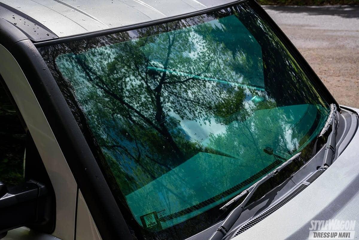 「【車高短系SUV_VOL4】極レア車のカスタムって渋すぎる! ホンダ・エレメント×20インチ×ローダウン!」の4枚めの画像