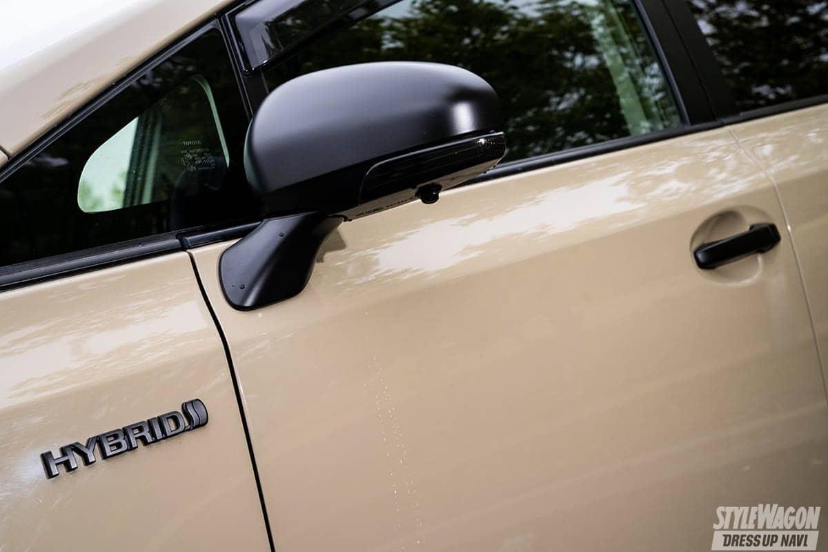 「【何故? 密かに人気】ミニバンUP STYLEの魅力 VOL5|実用的な車種で遊ぶ! プリウスαのアゲコンプリートカー」の4枚目の画像