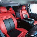 え、コレがハイエース!? 車内の雰囲気を一変するレザーカバー Artina 200系ハイエース カスタム -