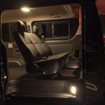 車内灯フルセットで一撃LED化!【トヨタ・200系ハイエース】電球色があたたかくて心地良い - SW202108_012_001_装着イメージ